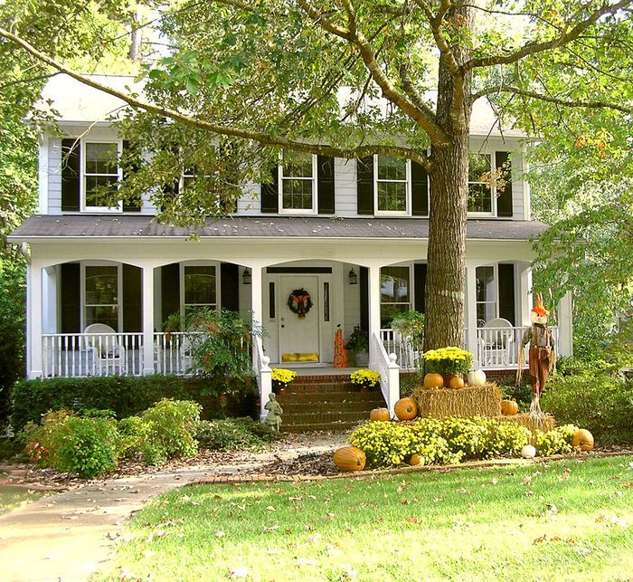 White House Black Shutters Doors And Porches Pinterest