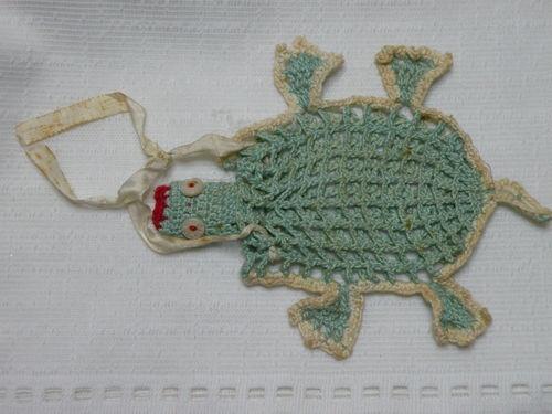 Crochet Purse For Child : Childs VINTAGE CROCHET TURTLE PURSE. Childrens Vintage Purses P...