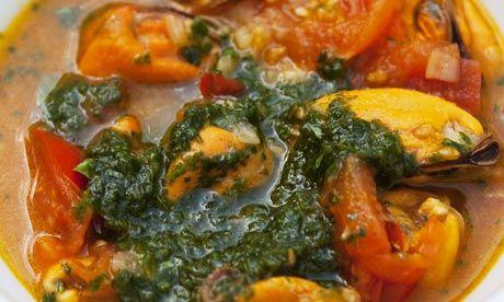 mussel soup w/ tomato & basil