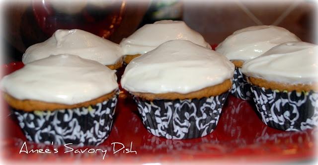 pumpkin cupcakes...lightened-up | Fall/Thanksgiving | Pinterest