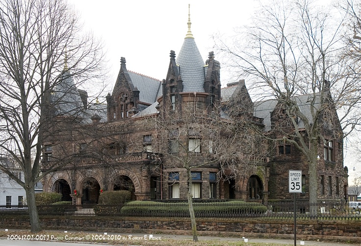 The 1878 Winchester House In Middletown OH A Huge Baronial Mansion