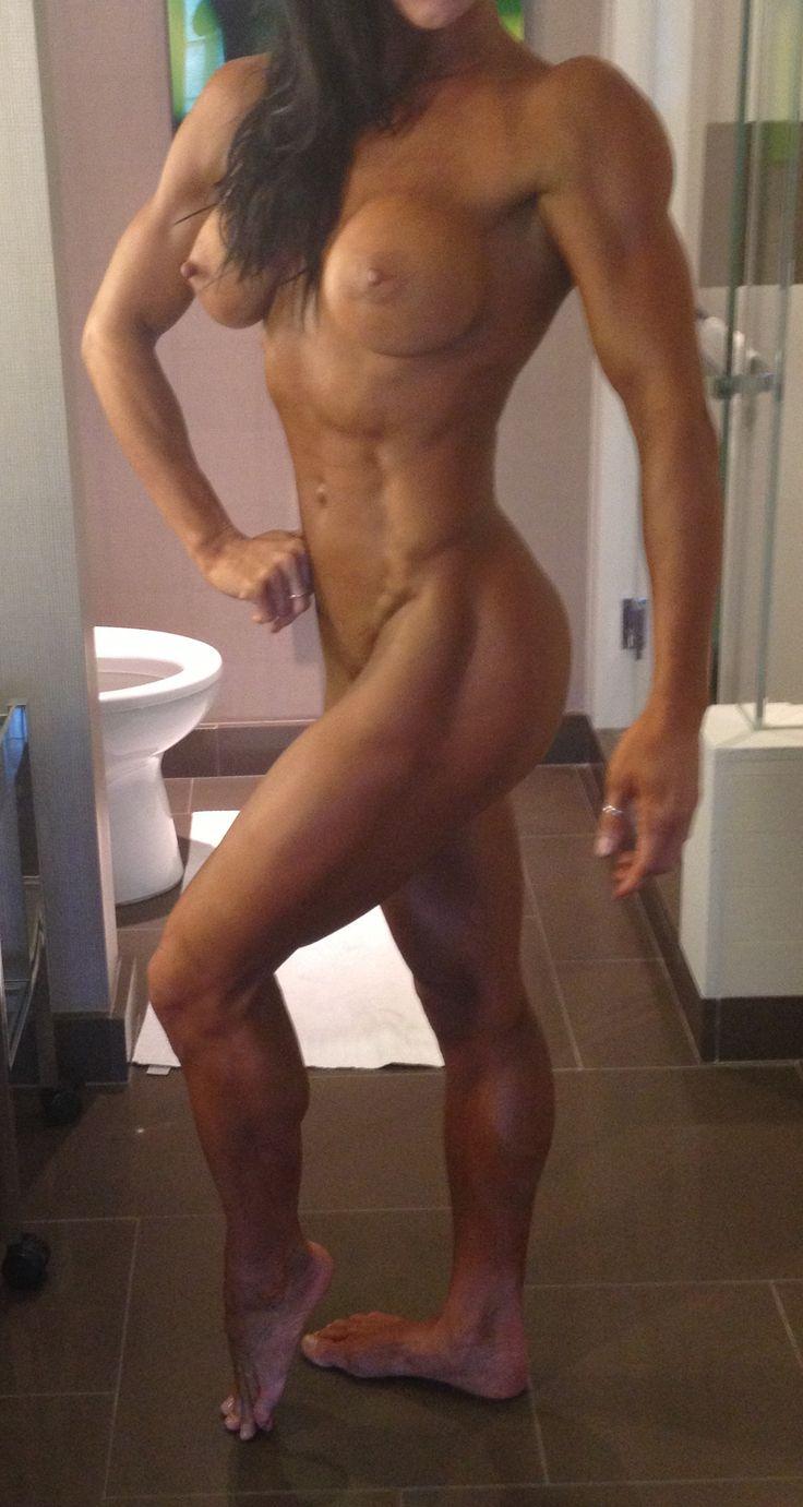 bodybuilding milf
