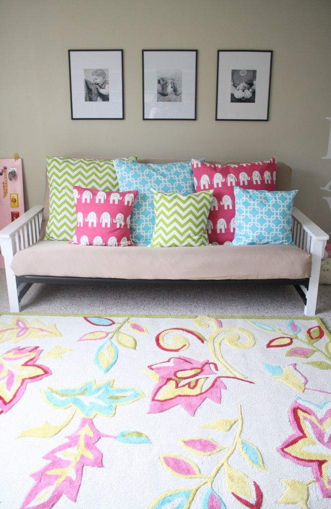 love everything about this playroom!
