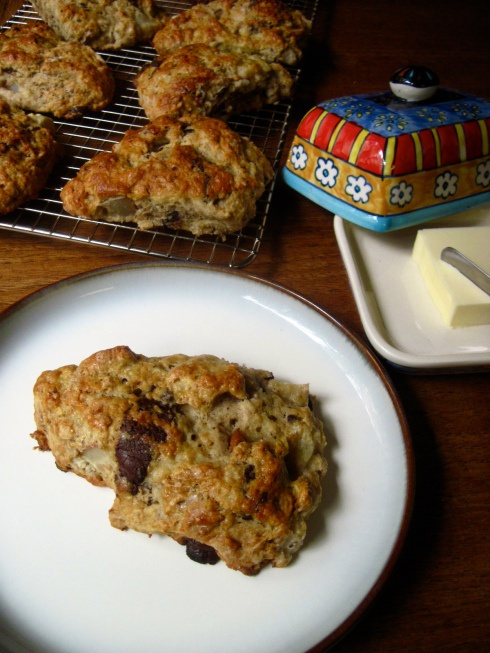 ... in the Kitchen: Roasted Pear and Chocolate Chunk Sourdough Scones