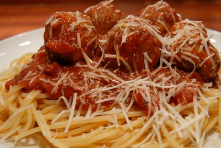 Italian meatballs (and spaghetti) | Recipe
