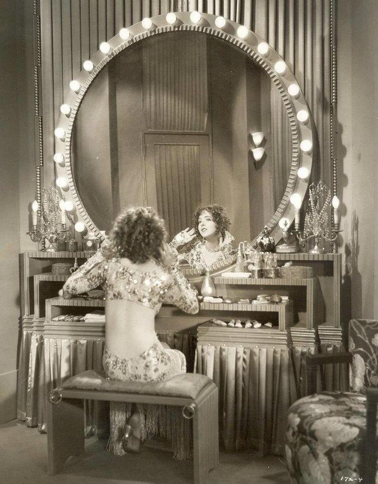 that 39 s a dressing table vintage makeup pinterest