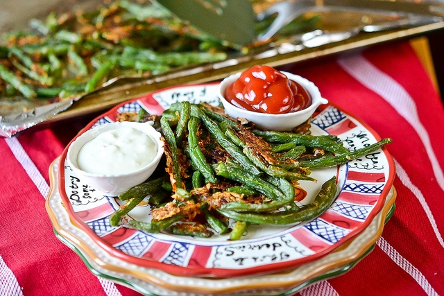 Baked Parmesan Green Beans via Full Fork Ahead - Cheap and easy to ...