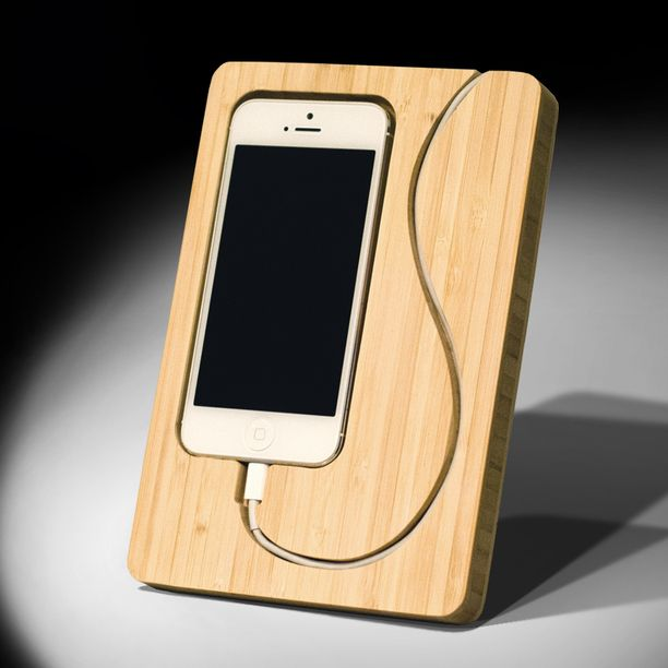 Chisel 5 iPhone 5 Dock tan, tech accessories #wood