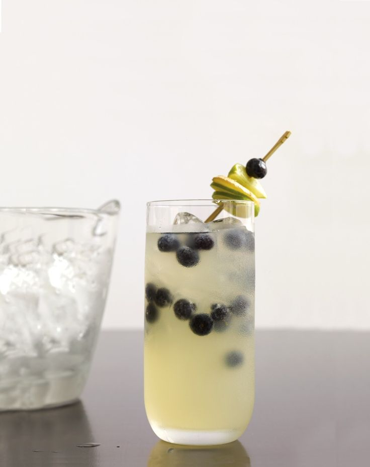 Ginger-Lime Fizz with Blueberries | I'm Thirsty | Pinterest