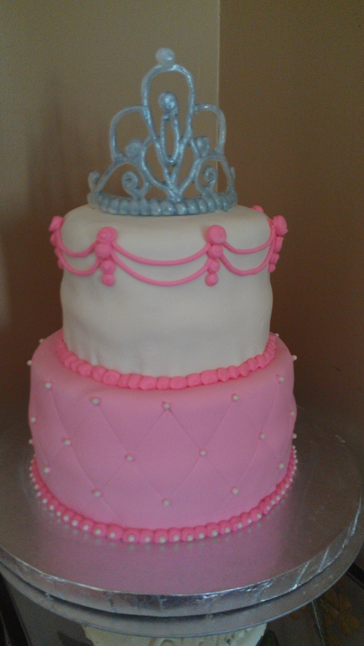 ... Photos - Princess birthday cake with quilting and royal icing crown