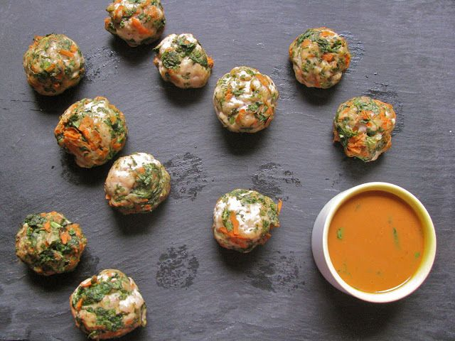 Asian Turkey Meatballs with Sweet and Spicy Tropical Peanut Dipping ...