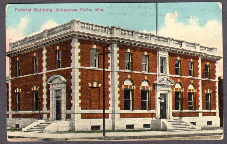 Postcard from 1914 of the Federal Building in Chippewa Falls, WI