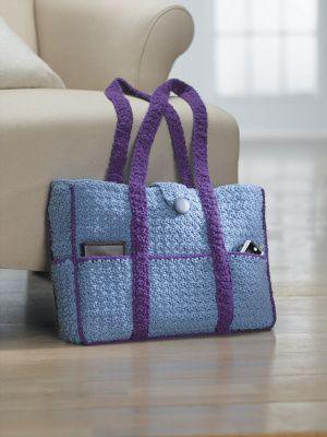 Padrão Crochet livre: Oito-Pocket dois tons Carryall Tote - amo esta bolsa ea combinação de cores aqui: http://www.naztazia.com/