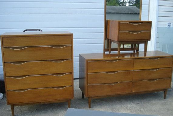 Vintage mid century modern american of martinsville for American martinsville bedroom furniture