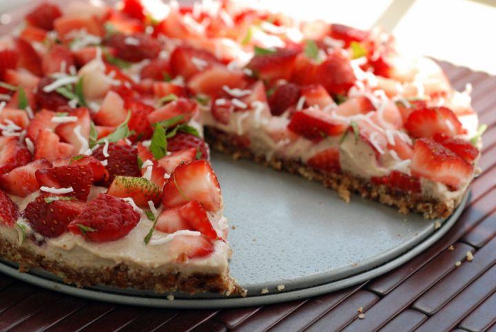 Raw Strawberry Cream Tart | recipes | Pinterest