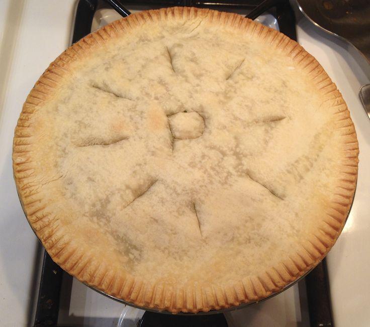 Pesto Chicken Pot Pie | Hungry Quebbie Blog | Pinterest