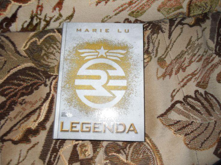Legenda od Marie Lu. K třináctým narozeninám!