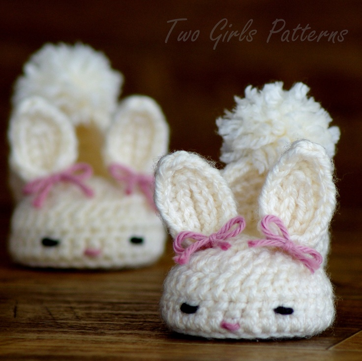 Crochet patterns baby booties Classic Year-Round Bunny House Slippers ...