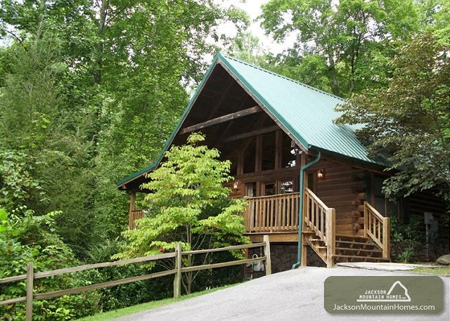 Pin by jackson mountain homes on smoky mountain cabins for Little bear cabin in gatlinburg tn