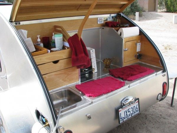 Terardrop trailer kitchen teardrop trailers pinterest for Teardrop camper kitchen ideas