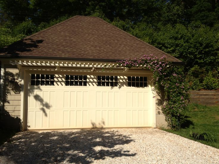 Garage Wall Trellis With Arbor Rose Arbors And Vines
