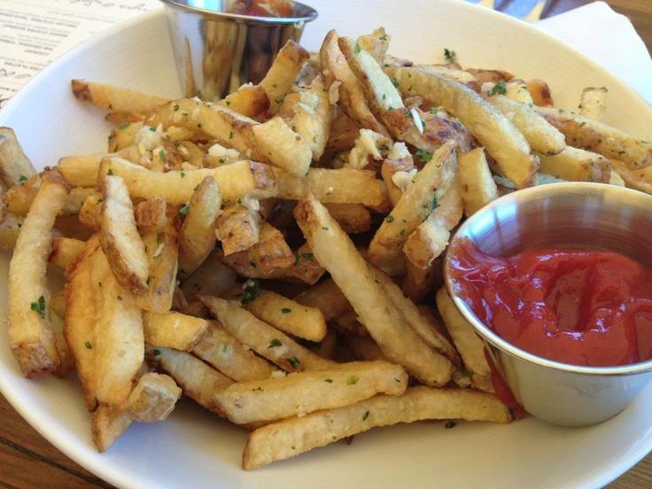 Truffle Garlic Fries. VanessaLarson.com | Food | Pinterest