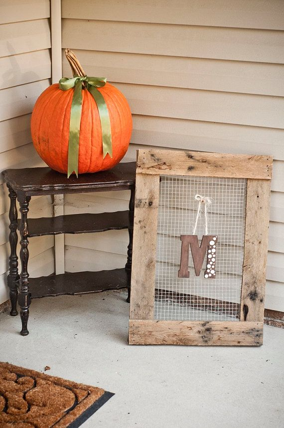 Primitive Chicken Wire Christmas Ideas