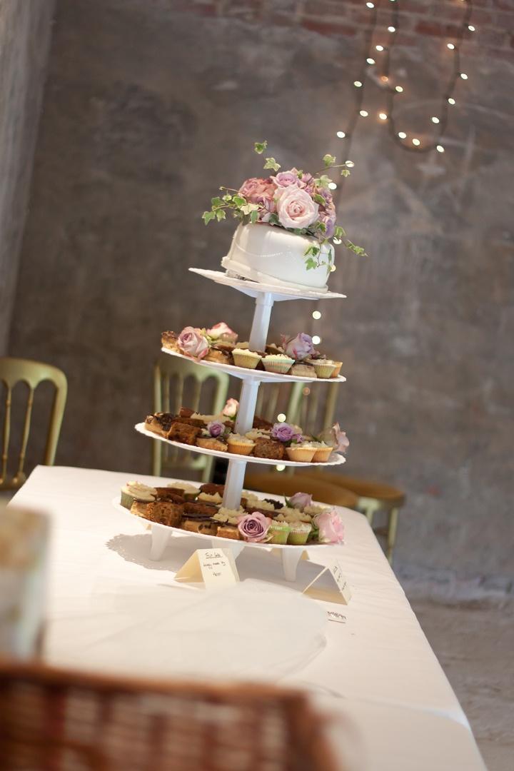weddings sweet alternatives traditional wedding cake