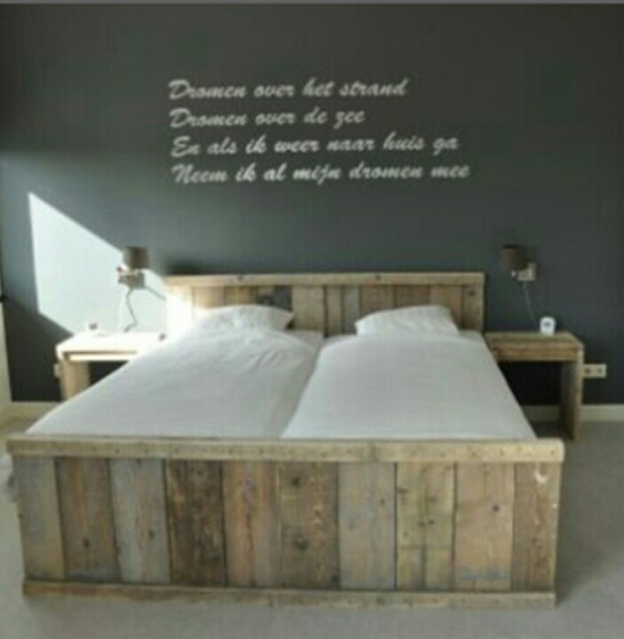Steigerhouten bed.  inspiration point  Pinterest
