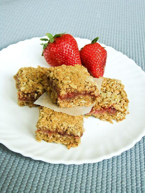 Strawberry Raspberry Oat Bars - She Bakes Here