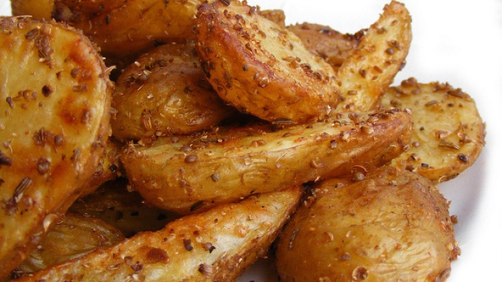 Indian Spiced Potatoes | Crazy about Curry | Pinterest