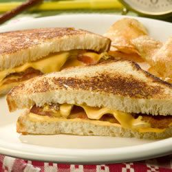 Tomato Bacon Grilled Cheese | Food Porn | Pinterest