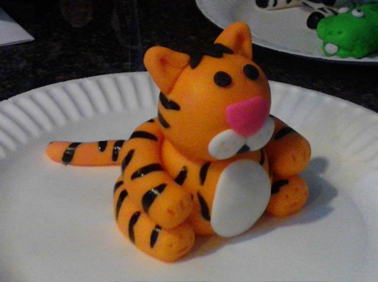 fondant tigers