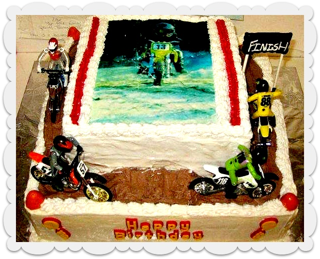 yummy moto cake from New York for a 5th birthday!