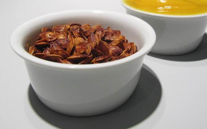 Maple-cinnamon roasted pumpkin seeds   Recipes   Pinterest