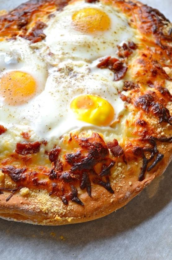 Breakfast pizza | Recipe
