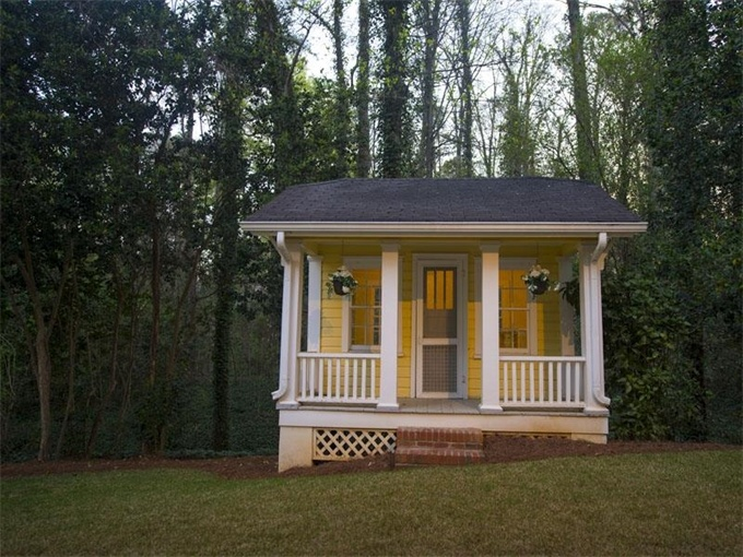 Luxury homes estates properties garden sheds and for Luxury garden buildings