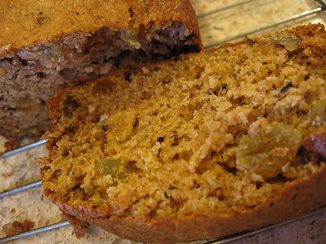 Applesauce bread | Because Being a Vegetarian Doesn't Have to Be Bori ...