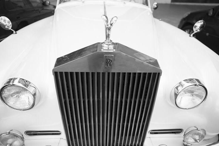 fotografía del coche de los novios