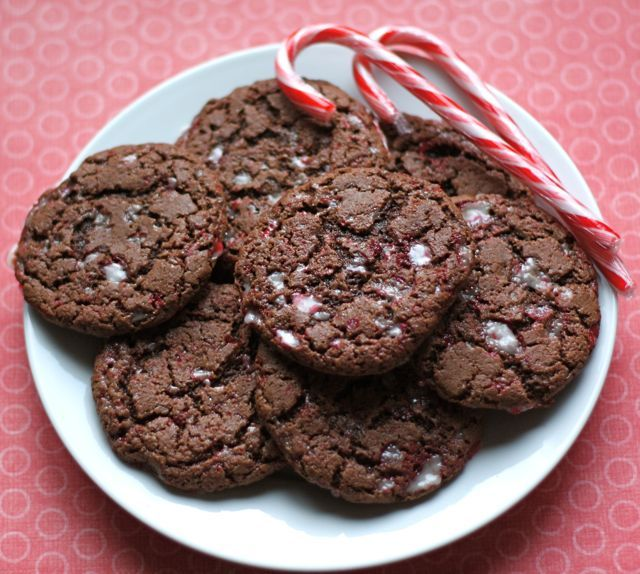 Chocolate Peppermint Crunch Cookies by @Maria (Two Peas and Their Pod)