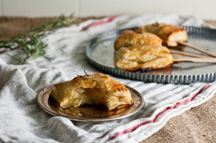 Hummingbird on High: Bite-Sized Baked Brie with Rosemary and Honey