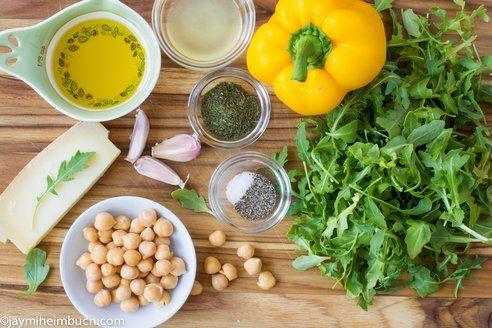 Arugula and chickpea salad with lemon dill vinaigrette [Vegetarian]