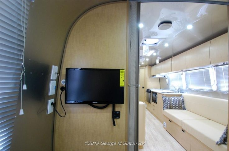 Travel Trailers For Sale Eugene Or >> New Flying Cloud for sale in Eugene Oregon | 2014 Airstream Flying Cloud 30FB with Bunk Travel ...