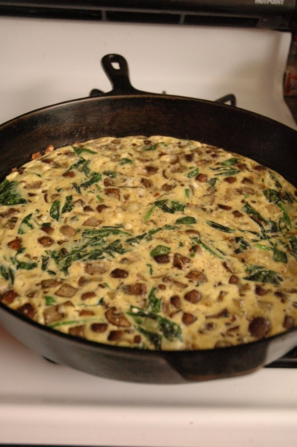 spinach and mushroom frittata. | Healthy Eating | Pinterest
