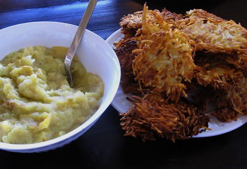 Roasted Applesauce & Latkes | Recipes to live for | Pinterest