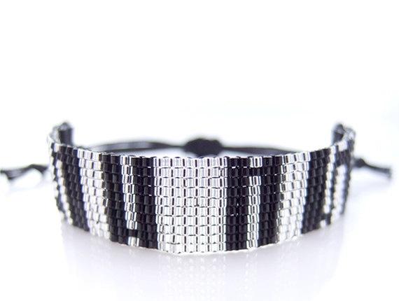 stunning bracelet!