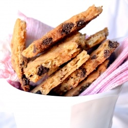 Chocolate Chip Cookie Brittle...cute! | Food | Pinterest
