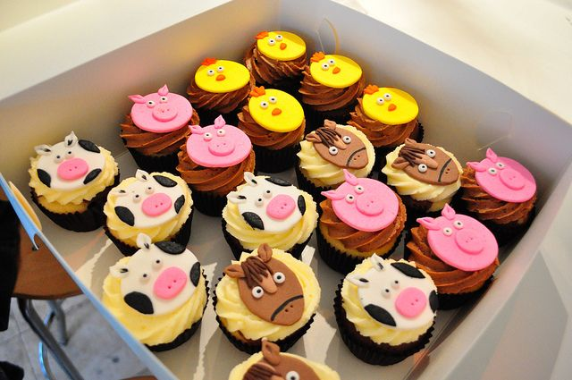 Farm animal cupcakes by cupcake passion farm party pinterest