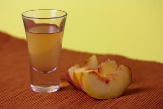 Peach Liqueur | Beverages | Pinterest