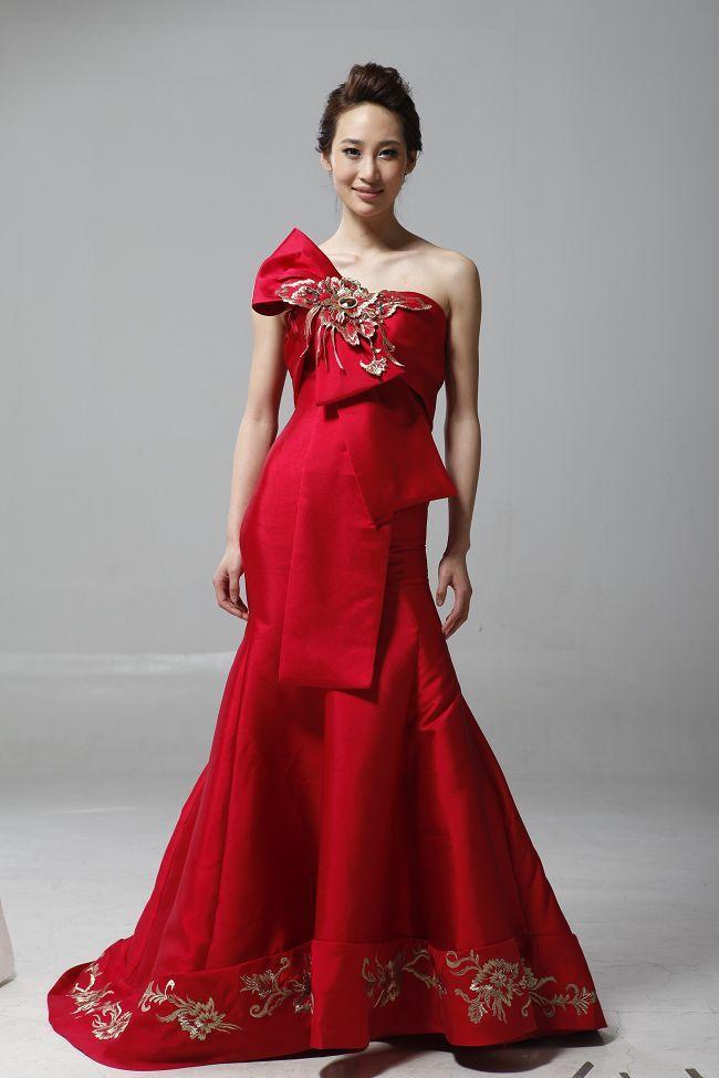 Wedding dresses for women over 40 pretty dresses pinterest for Wedding dresses women over 40